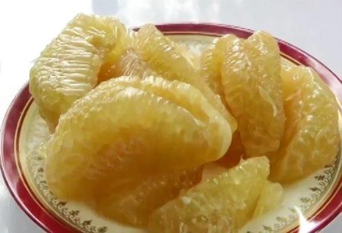 ส้มโอรสชาติอร่อย เปี่ยมด้วยแร่ธาตุจากเขื่อนลำตะคอง