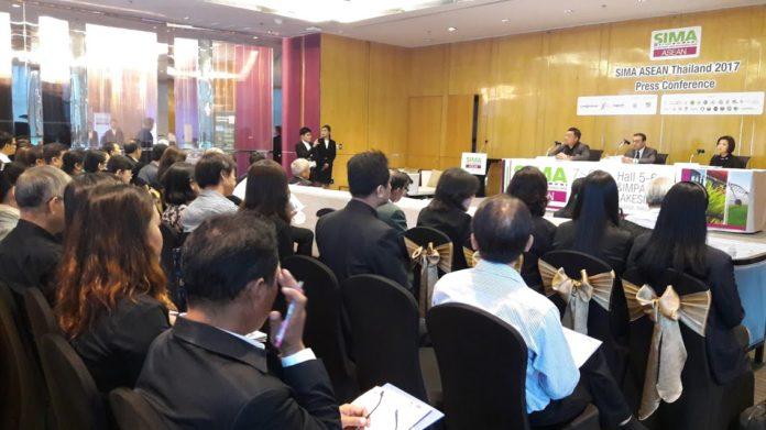 อิมแพ็ค คอมเอ็กซ์โพเซียม และแอ็คซีม่า ผนึกกำลังกระทรวงเกษตรและสหกรณ์ เสริมทัพด้วยมหาวิทยาลัยเกษตรศาสตร์ ร่วมแถลงข่าวประกาศความพร้อมจัดงาน SIMA ASEAN Thailand 2017
