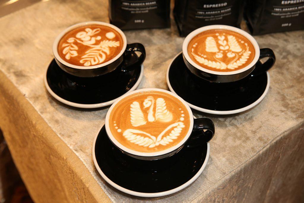 ตัวอย่าง Latte Art ในการแข่งขันที่กำลังจะจัดขึ้น