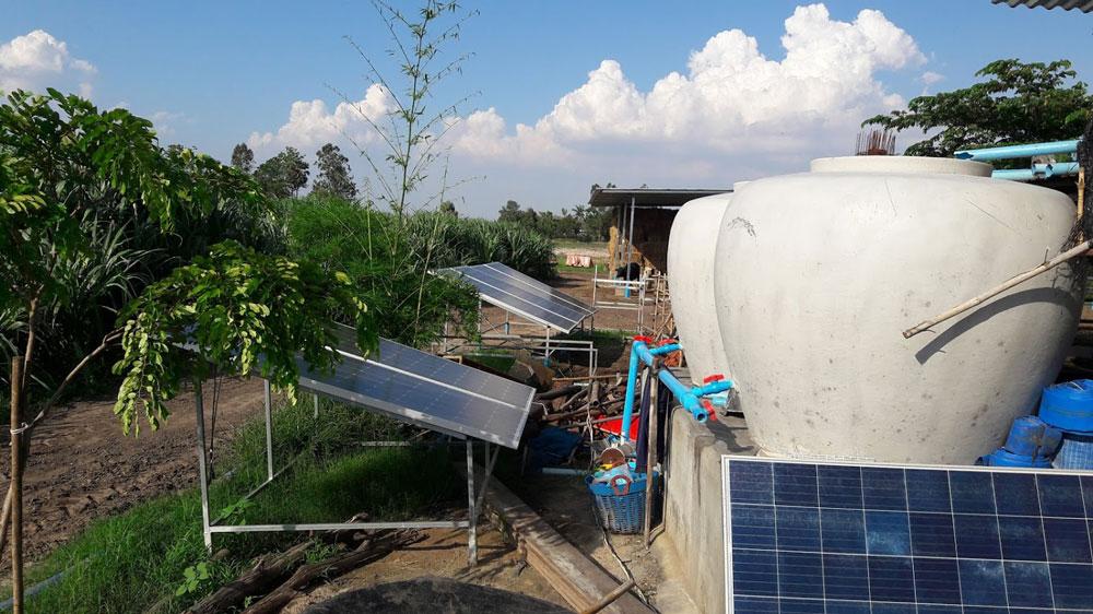 ภายในฟาร์มจะติดตั้งระบบโซล่าเซลล์เพื่อลดต้นทุนพลังงานไฟฟ้า