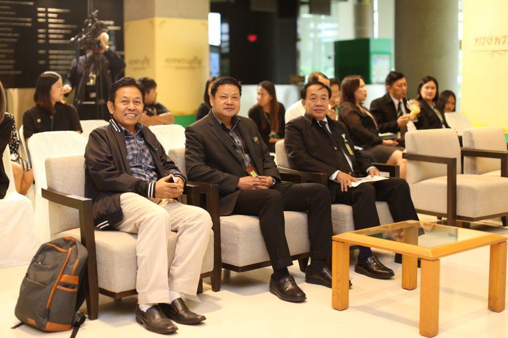 ธ.ก.ส.จับรางวัลผู้ร่วมตอบแบบสอบถามผ่าน LINE Official