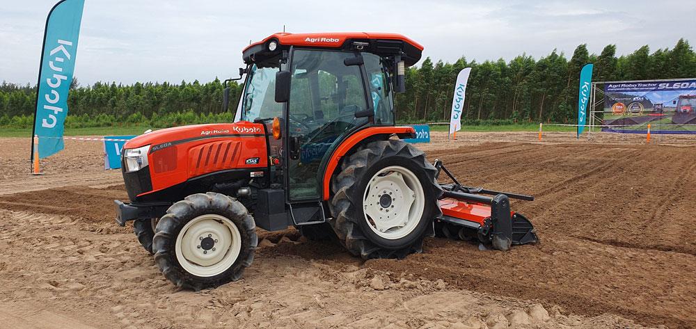 KUBOTA Agri Robo Tractor รุ่น SL60A