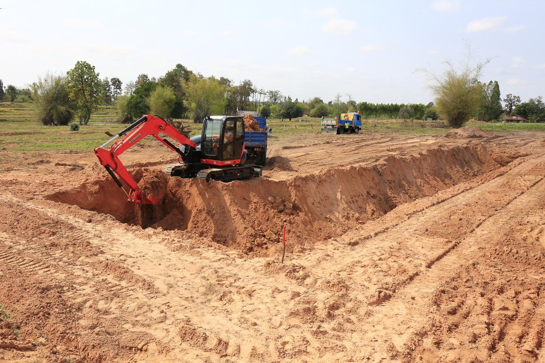 เทคนิคการขุดสระน้ำเพื่อการเกษตรด้วยรถขุดคูโบต้า KX080-3 มีขั้นตอนอย่างไร?