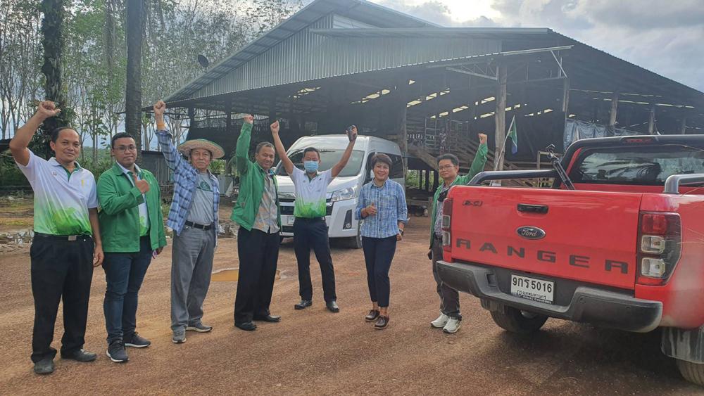 ขอบคุณ ฟอร์ด เรนเจอร์ พาหนะลุยเกษตรสุดเขตไทย