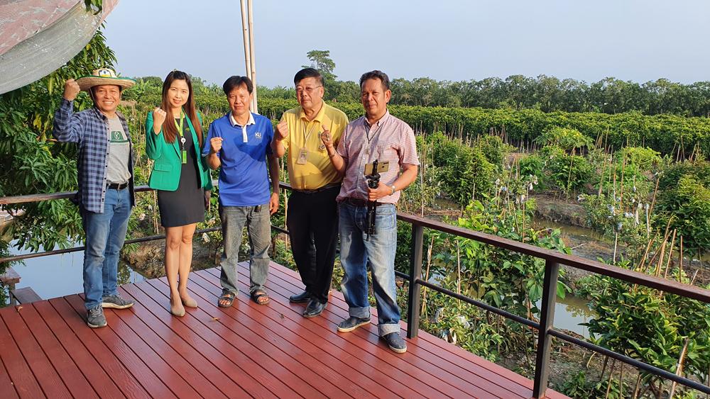 ขอบอกว่าเป็นสวนชมพู่ทับทิมจันทร์ที่ยอดเยี่ยม...มหัศจรรย์ของเมืองไทยก็ว่าได้