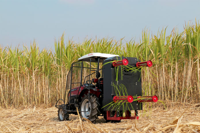 """มาแล้วเครื่องสางใบอ้อยยันม่าร์ """"ตัดอ้อยสดลดการเผา"""" หวังเป็นตัวช่วยเกษตรกรในการเพิ่มผลผลิต"""