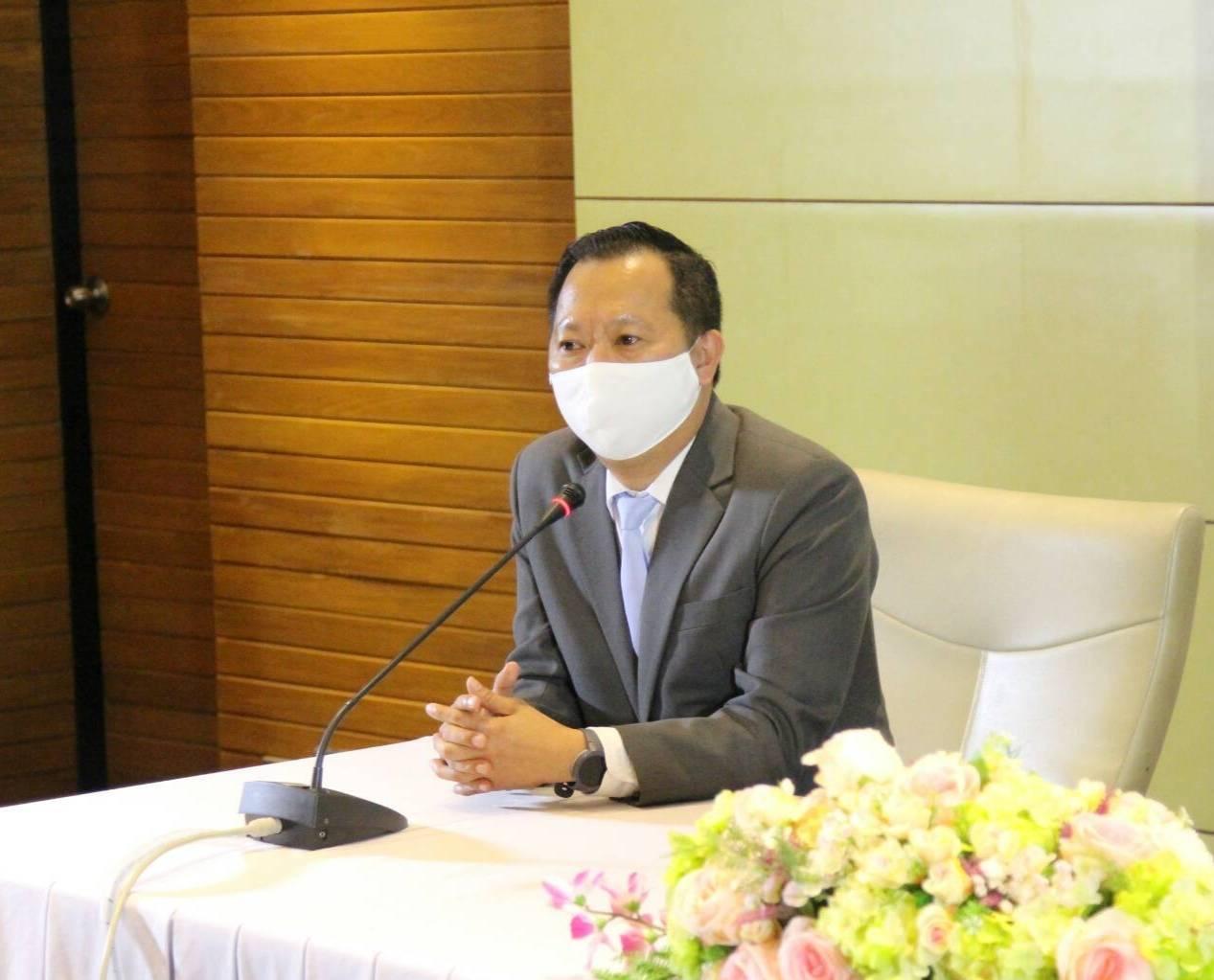 นายณกรณ์ ตรรกวิรพัท ผู้ว่าการการยางแห่งประเทศไทย