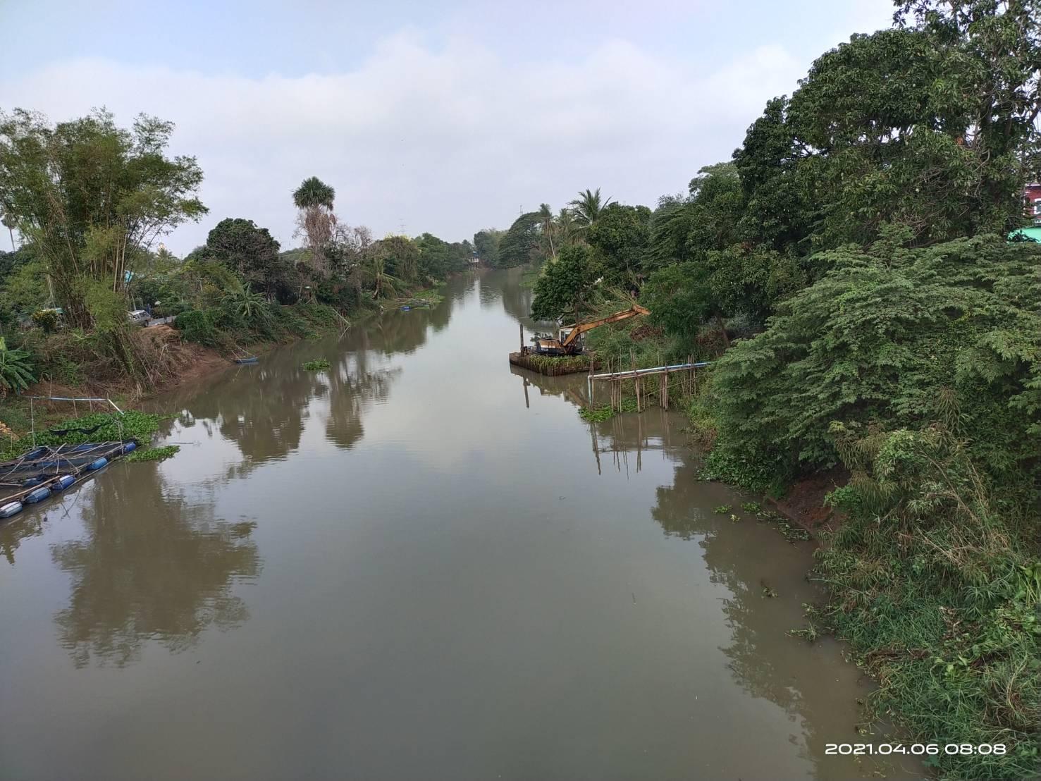 กำจัดผักตบชวาในแม่น้ำน้อย ระยะทาง 20 กิโลเมตร ได้ถึง 56,000 ตัน ทำให้แม่น้ำสะอาดปลอดจากผักตบชวาและวัชพืช