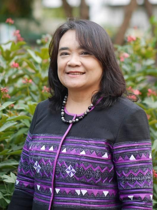 ผู้ช่วยศาสตราจารย์ นาวาอากาศโทหญิง ดร.งามลมัย ผิวเหลือง คณบดีคณะสังคมศาสตร์ มหาวิทยาลัยเกษตรศาสตร์