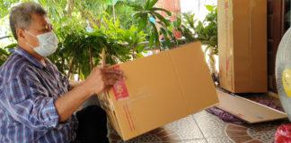 ลุงเล็กโชว์วิธีแพ็คต้นไม้ลงกล่อง..ทดสอบให้ดูกรณีขนส่งโหดๆก็ยังอยู่ได้